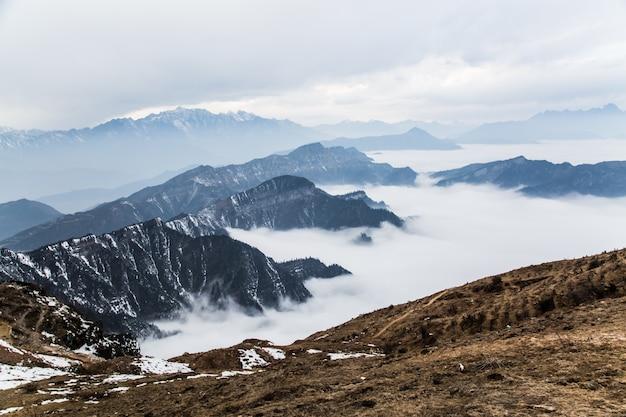 山間の谷 無料写真