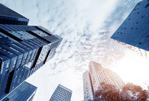 Офисное высотное здание Premium Фотографии