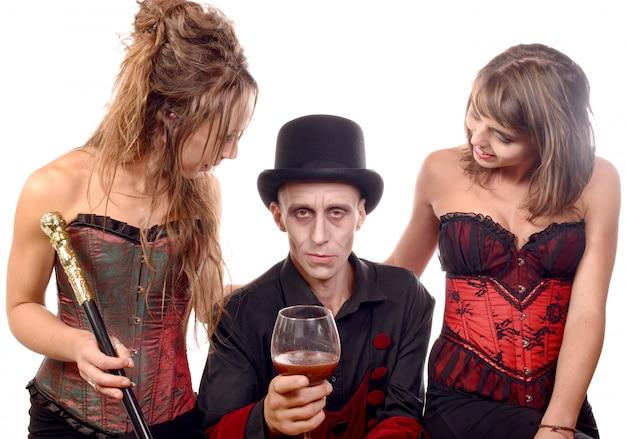 変装吸血鬼の女性と男性 Premium写真