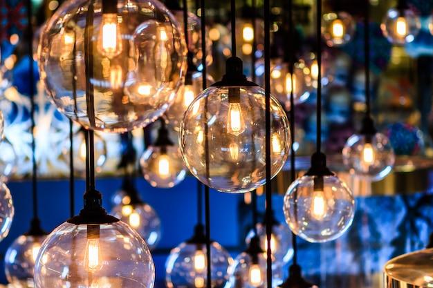 レトロエジソンライト装飾 Premium写真