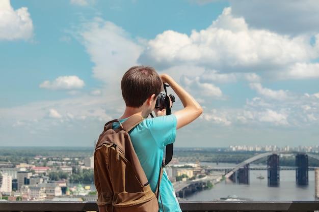 активно сфотографировала со спины свое время ксении