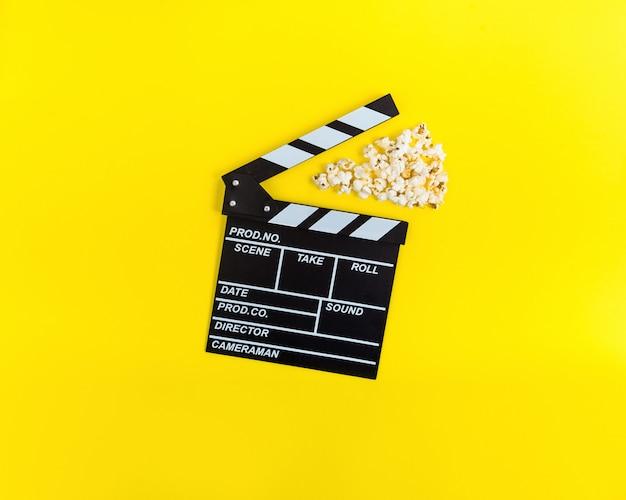 映画の背景。映画鑑賞 Premium写真