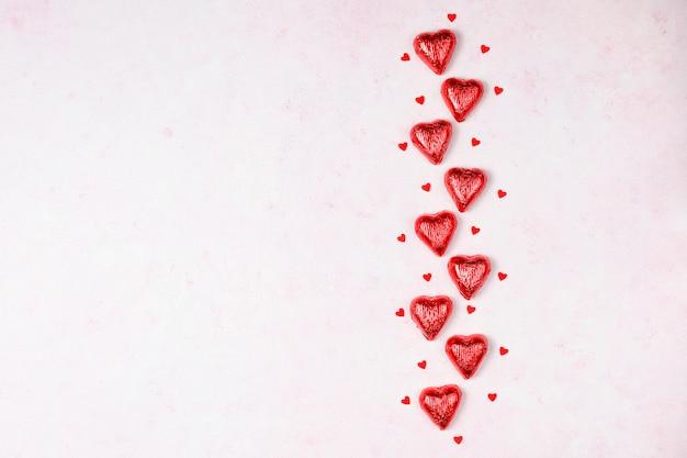 バレンタインデーの背景、バラ、トップビューでバレンタインの日カード 無料写真