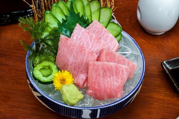 Японский сырой тунец сашими рыба свежая Бесплатные Фотографии