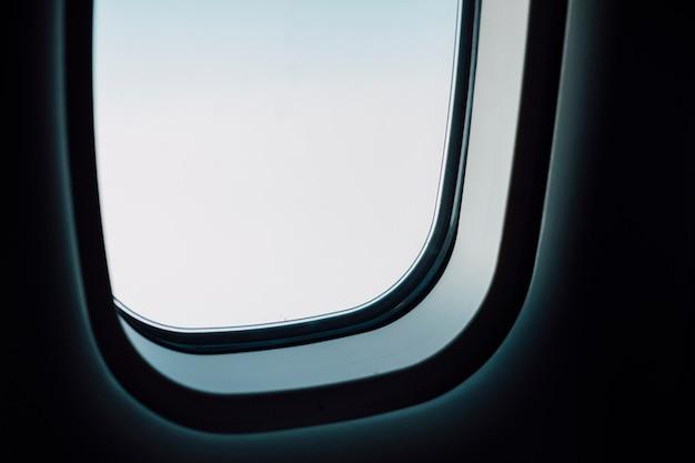 飛行機の窓 無料写真