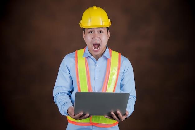 Инженер, строительный рабочий в шоке Бесплатные Фотографии