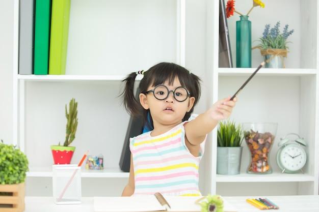 Дети не заинтересованы в обучении. Бесплатные Фотографии