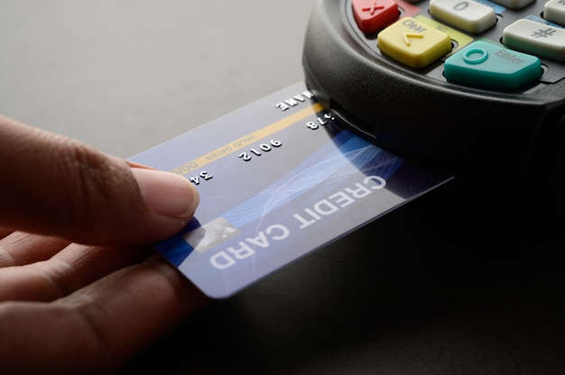 クレジットカードによる支払い、製品とサービスの売買 無料写真