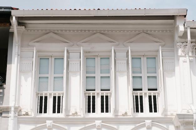 Здание в колониальном стиле Бесплатные Фотографии