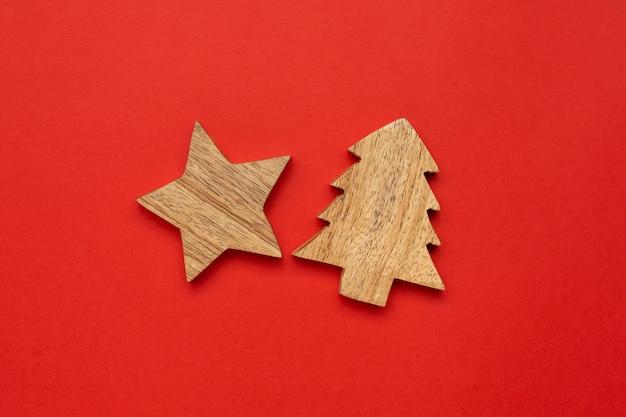 クリスマスツリーの木製装飾スター Premium写真