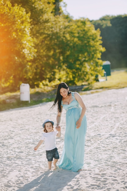 Мать с сыном Бесплатные Фотографии