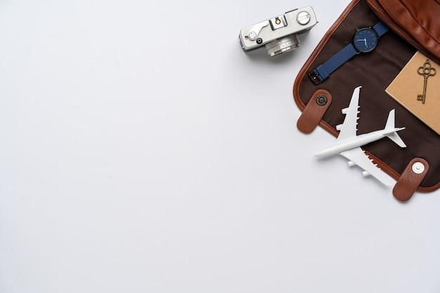 Вид сверху концепции путешествия натюрморт фон фотографии Premium Фотографии