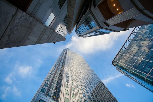 Лондонское офисное здание городской пейзаж Premium Фотографии