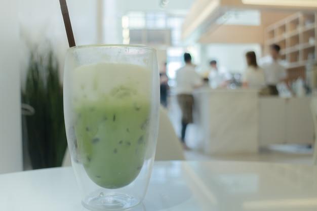 アイス抹茶緑茶ラテ Premium写真