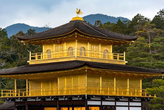 金閣寺、京都の金閣寺 Premium写真
