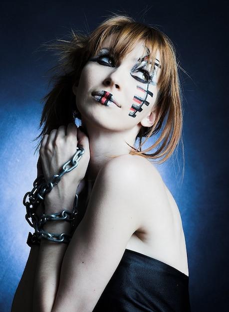 美しいゴシック少女をクローズアップ Premium写真
