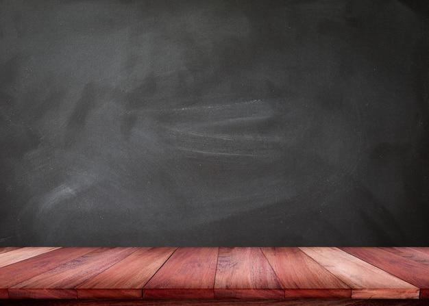 Пустой деревянный стол с текстурой доски Premium Фотографии