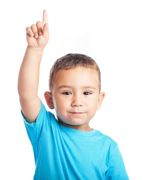 Дети показывающие пальцем картинки