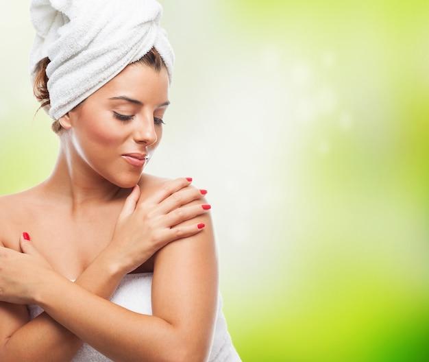 入浴後のきれいな女性の肖像画 無料写真