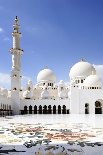アブダビのシェイクザイードモスク、 Premium写真