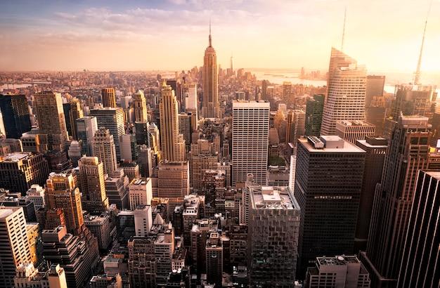 ニューヨーク市のスカイライン Premium写真