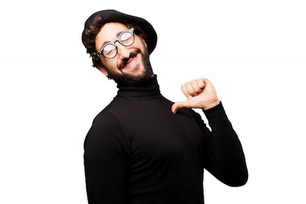 若い笑顔ベレー帽ハンサムなスマイリー 無料写真