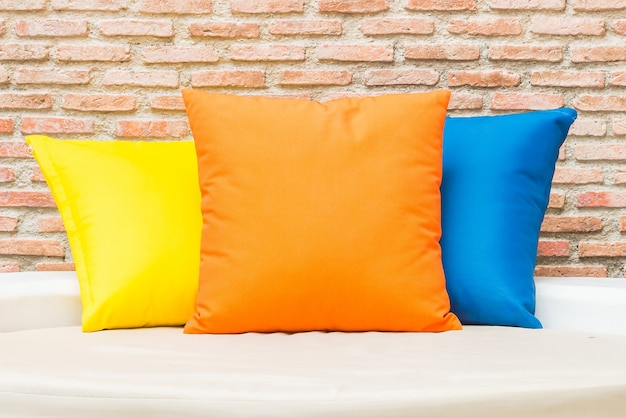 熱帯のベッドの枕海テラス 無料写真