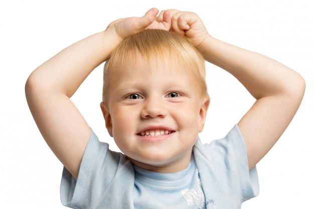 笑っているかわいい男の子 Premium写真
