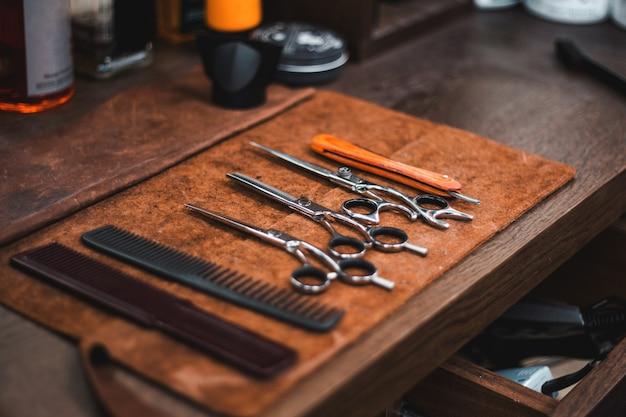 理髪店の美容院とヘアサロン Premium写真