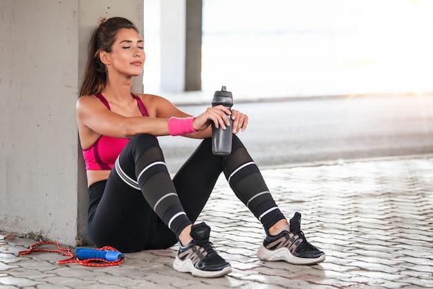 Разработка фитнес модели Premium Фотографии