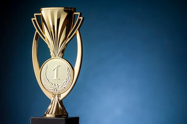 Золотой призер чемпионата трофей или кубок Premium Фотографии