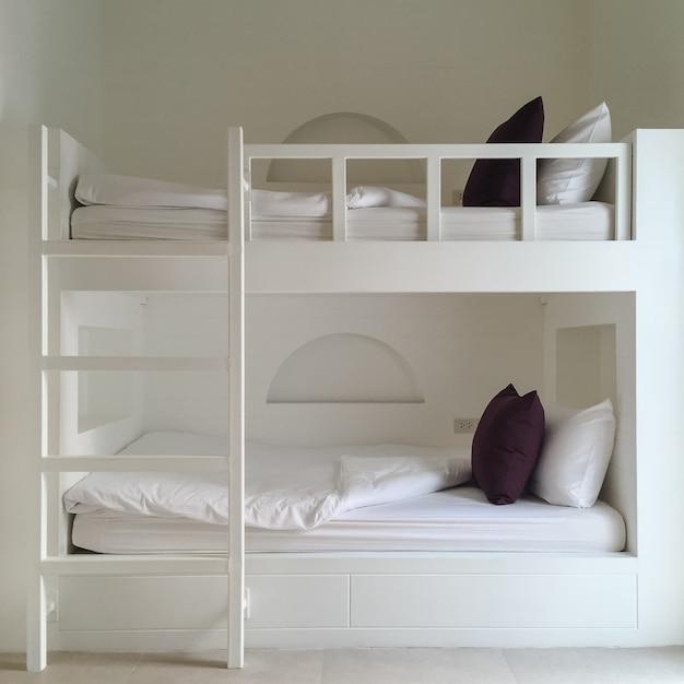 家具の背景きれいな壁の木 無料写真