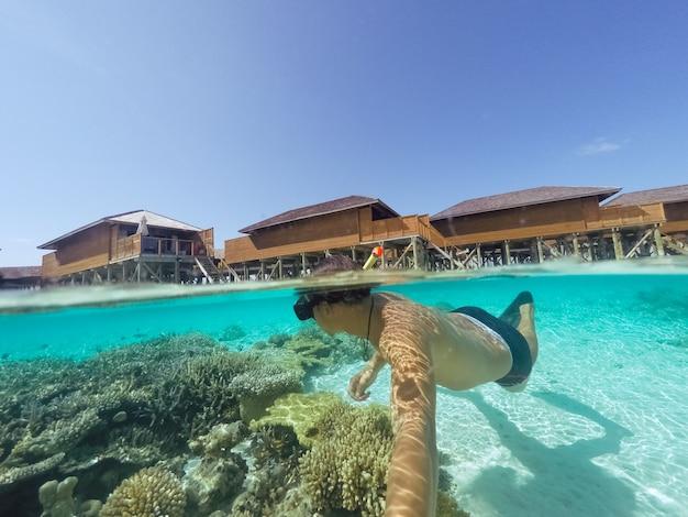 Глубокая трубка плавание мальдивов животное Бесплатные Фотографии