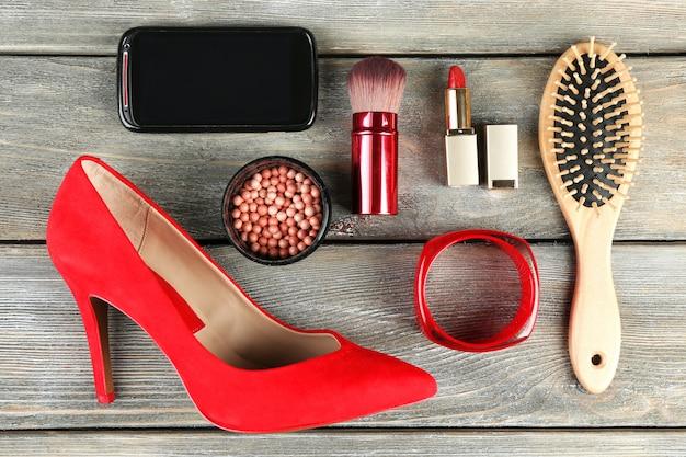 木の必需品ファッション女性オブジェクト Premium写真