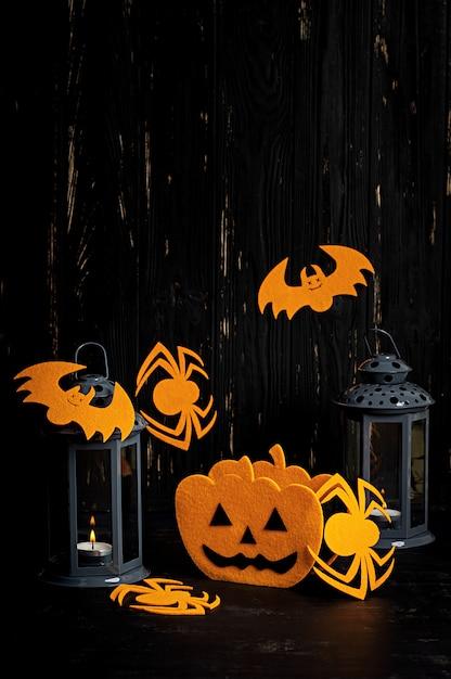 Хэллоуин фон с паук, летучие мыши, тыквы и фонарь. хэллоуин праздник фон. Premium Фотографии