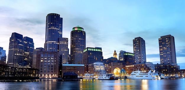 Бостон, центр города в сумерках, сша Бесплатные Фотографии