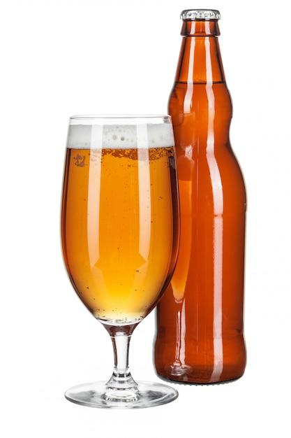 ビール瓶とビールグラス Premium写真