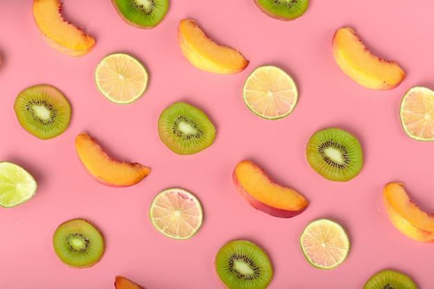 食品のテクスチャー。新鮮なさまざまな果物のシームレスなパターン。 Premium写真