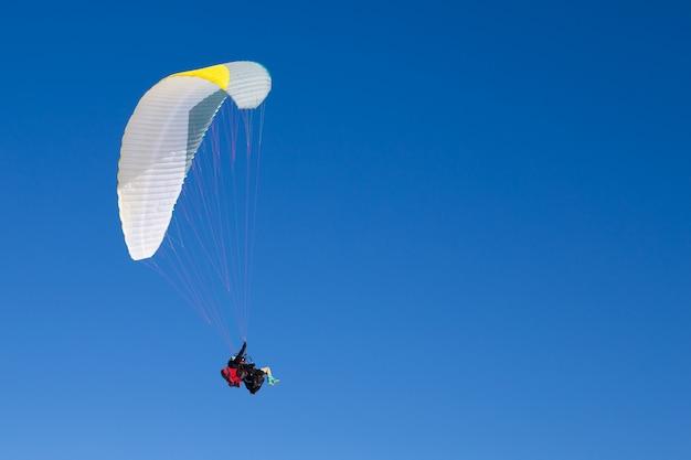 パラグライダー Premium写真