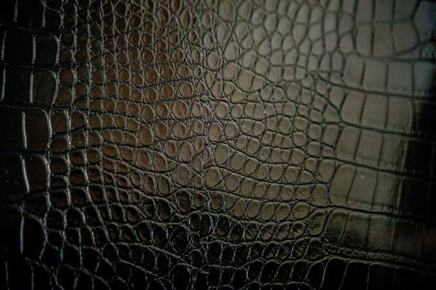 Черная текстура кожи крокодила с для Premium Фотографии