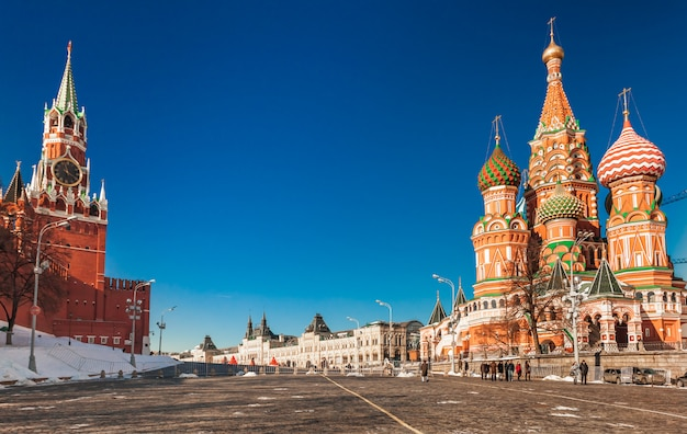 冬のモスクワの赤の広場。ロシア。 Premium写真