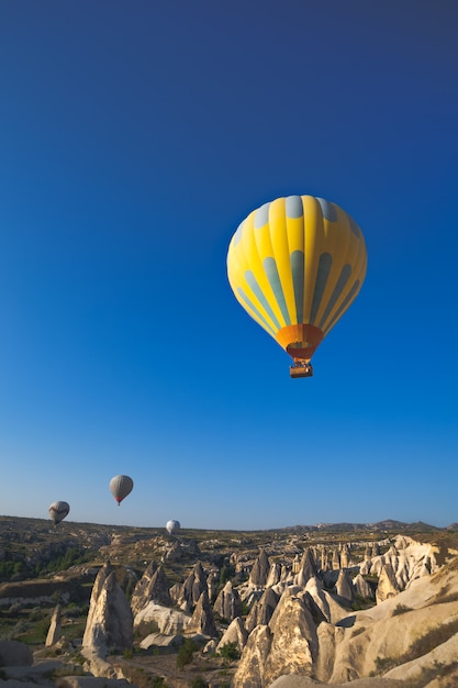 Горячие воздушные шары Premium Фотографии