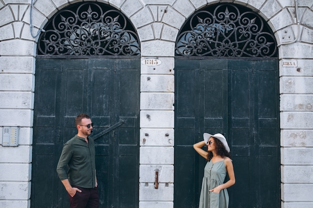 ベネチアの新婚旅行のカップル 無料写真