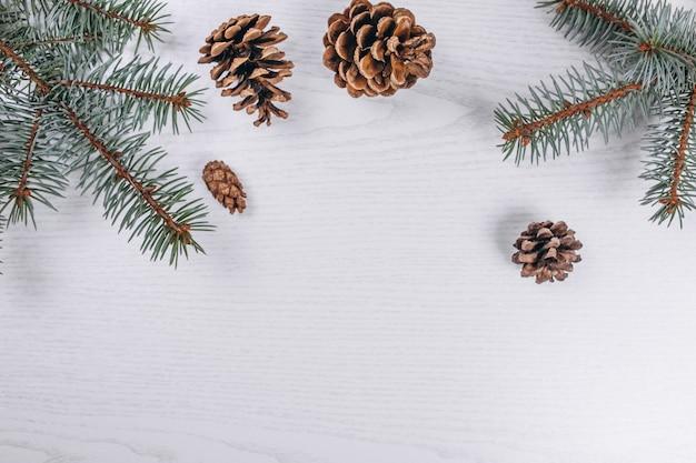クリスマスフラット横たわっている木製の背景 無料写真