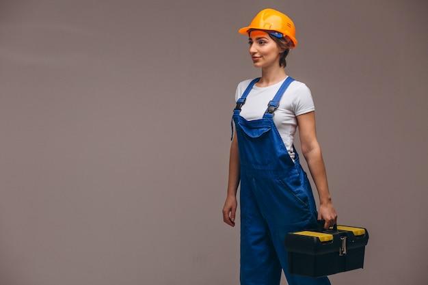 Женщина-ремонтник с малярным валиком изолирована Бесплатные Фотографии