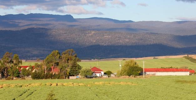 田舎の農家 無料写真
