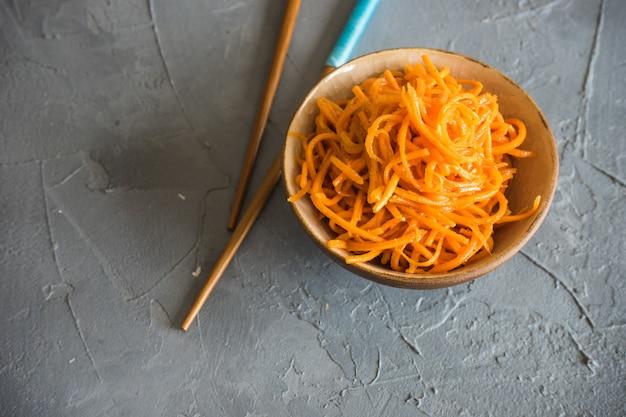 パスタと有機食品のコンセプト Premium写真