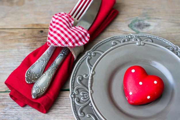ビンテージスタイルの聖バレンタインの日 Premium写真