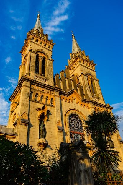 聖母マリア生誕大聖堂、バトゥミ、ジョージア Premium写真