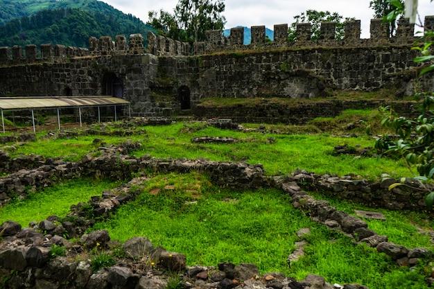 古代ゴニオアスパロス要塞 Premium写真